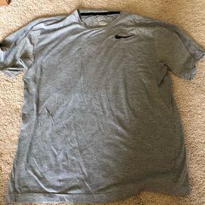 💕Nike men's dry fit shirt